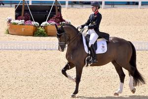 Charlotte Dujardin y Valegro en los Juegos Olímpicos de Londres 2012. AUTOR: Equestrian