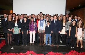 Foto de familia de algunos de los homenajeados en la decimotercera Gala Hípica.